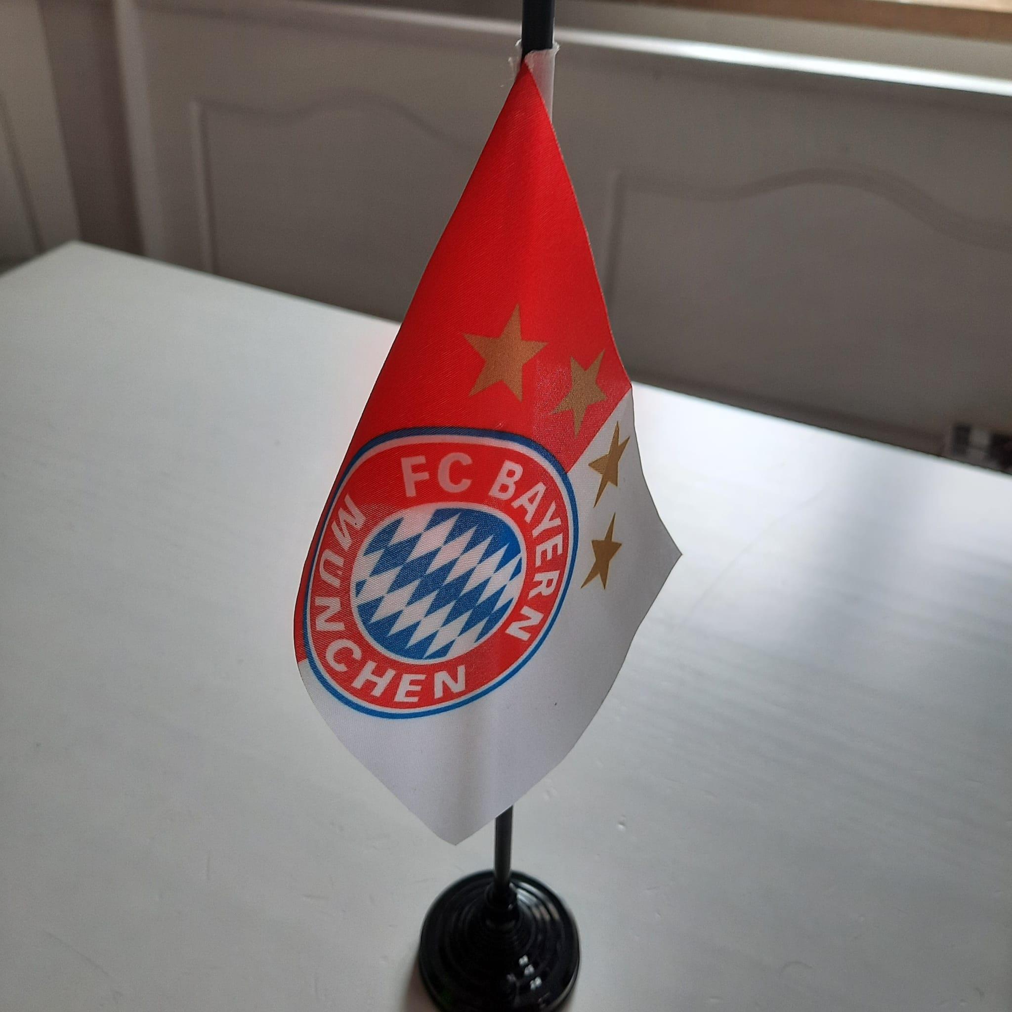 Die Fahne der Münchner Bayern!
